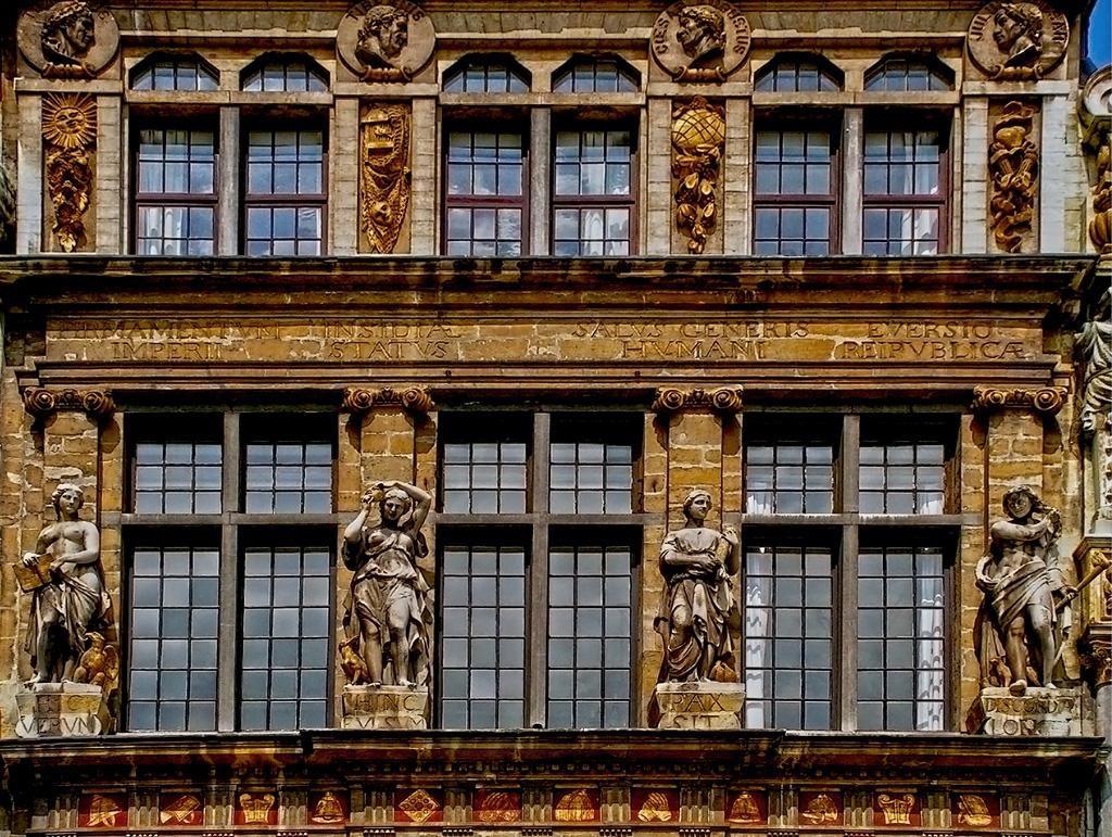 Брюксел - Фасада 2