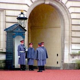 Buckingham Palace - Смяна на караула