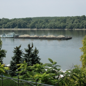 Надолу по Дунав...