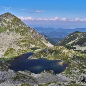 Еленини езера