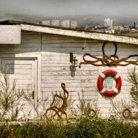 Затвореният крайморски капан