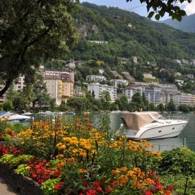 Монтрьо, Швейцария