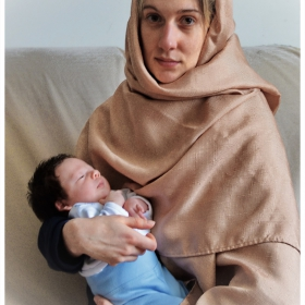 Мадоната и младенеца