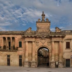 Porta San Biagio, 1774 г., Lecce