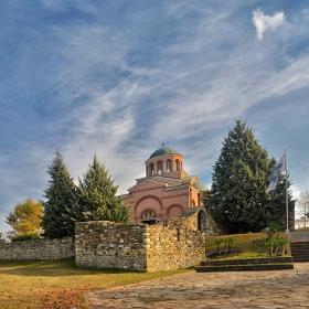 Средновековен манастир