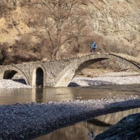 Стария мост край Ненково