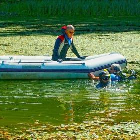 Почистване на Смолянското езеро
