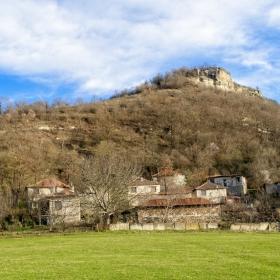 Село Лисиците