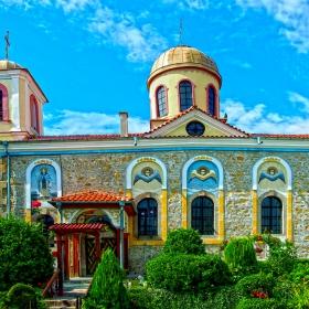Хисаря - Църква Свети Панталеймон