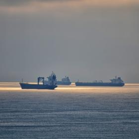 Корабите