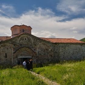 Средновековна църква