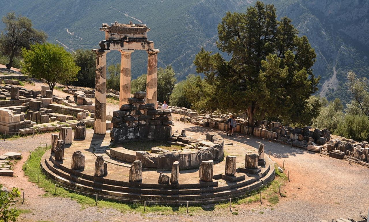 The Tholos, IV в.пр.Хр, Delphi