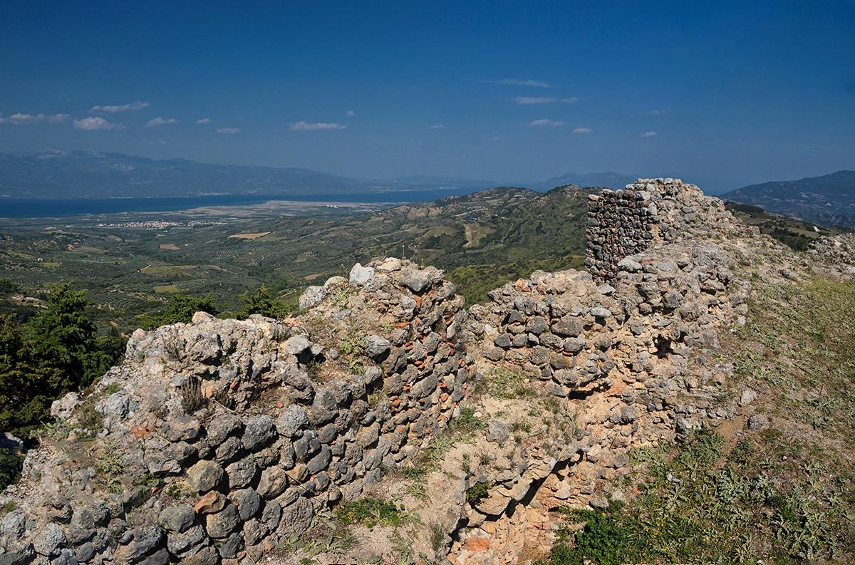 От стените на крепостта Mendenitsa