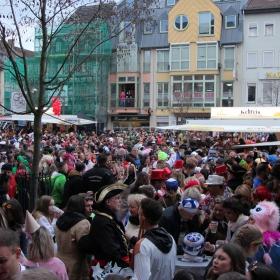 20.02.2020 ...последните карнавални дни в Германия. На 11 Март бе обявена т.н.  Пандемия Covid 19