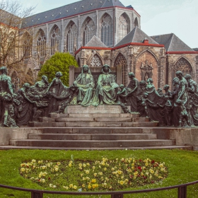 Ghent - Monumento Hermanos Van Eyck