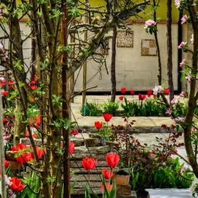 Пролетно дворче