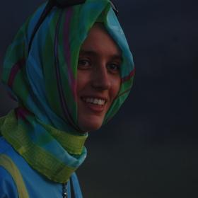 Момиче с хиджаб