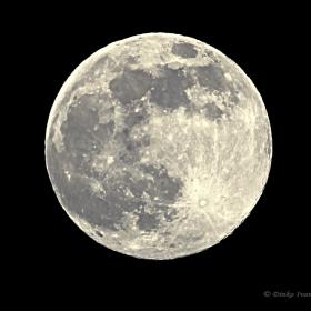 Една голяма Луна за вас!