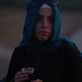 Момиче с хиджаб 2