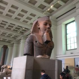 Фараонът