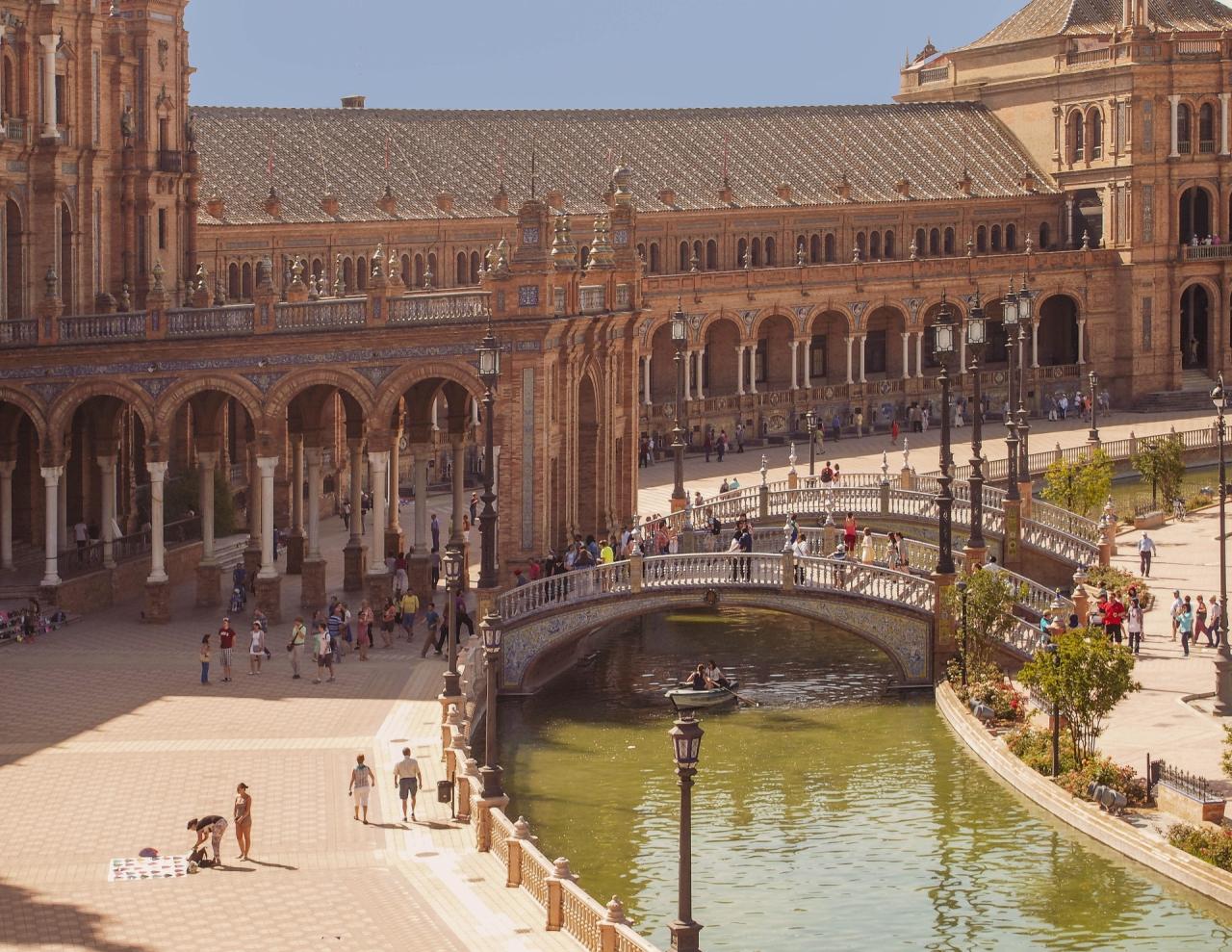 Sevilla - Plaza de Espana - El Puente