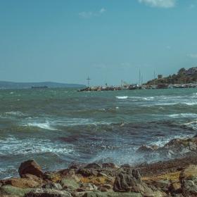 Морето край Несебър