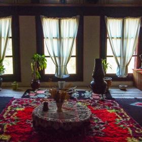 Мелник-Кордупулова къща-Средна стая-кьошка