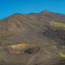 Подножието на Етна