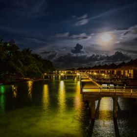 Малдивски нощи
